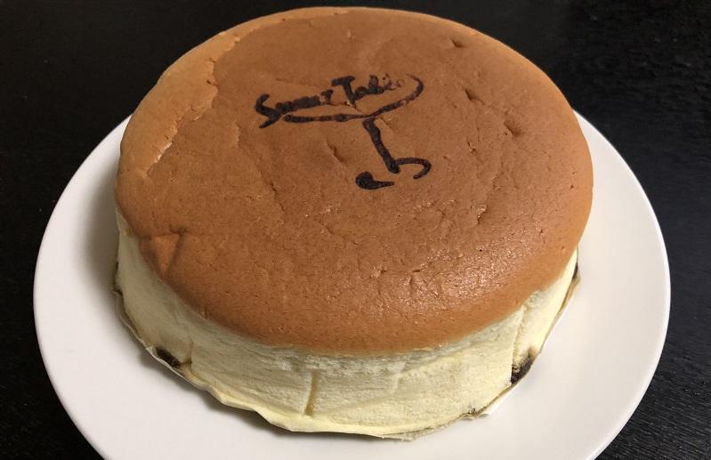 フルーツケーキファクトリーチーズケーキレーズンあり