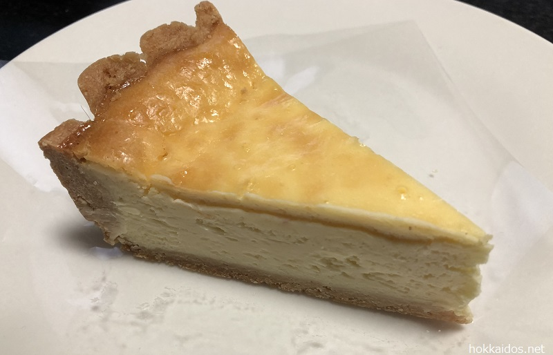 フルーツケーキファクトリーベイクドチーズケーキ