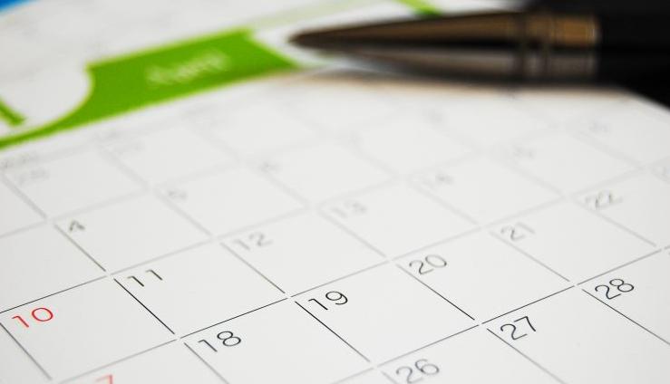 日程カレンダー