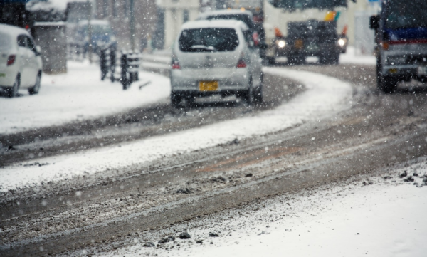 冬の車アクセス