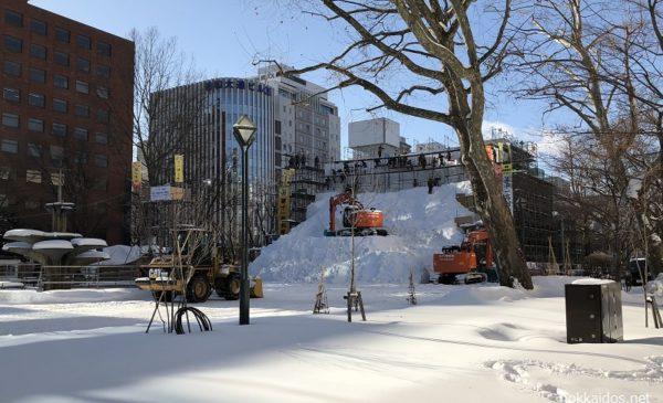 雪まつり初音ミク雪像制作