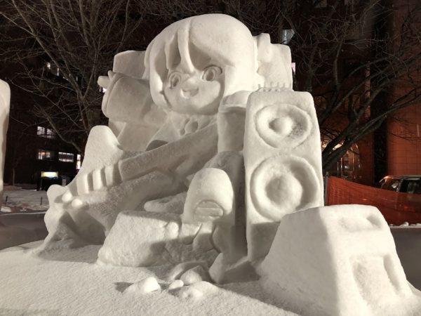 札幌雪まつり雪ミク中雪像
