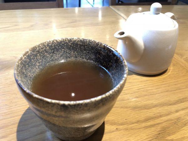 ノイモンドオーガニックカフェ・黒千石茶