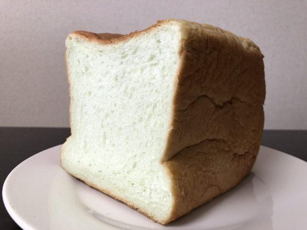 まるやまめろんほんのりメロン食パン