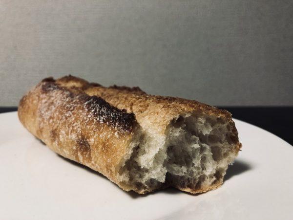 オドルベーカリーミニフランスパン断面