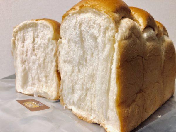 アンビシャス山型食パン生地