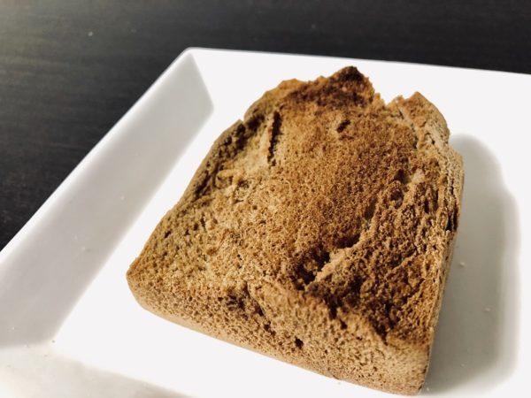 アンビシャス黒糖食パントースト