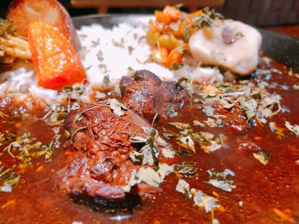 エイトカリースパイスカレー肉