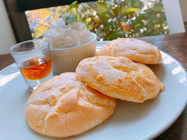 カフェブループレーンパンケーキ