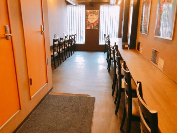 タピオカカフェココナ札幌2階席