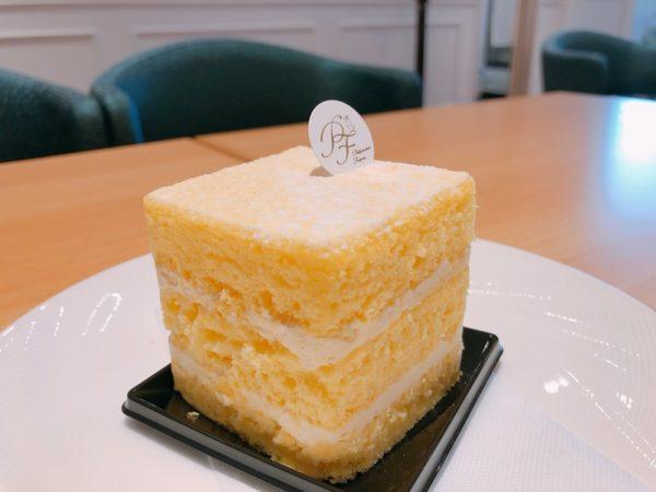 パティスリーフレール札幌レジェンドバターケーキ