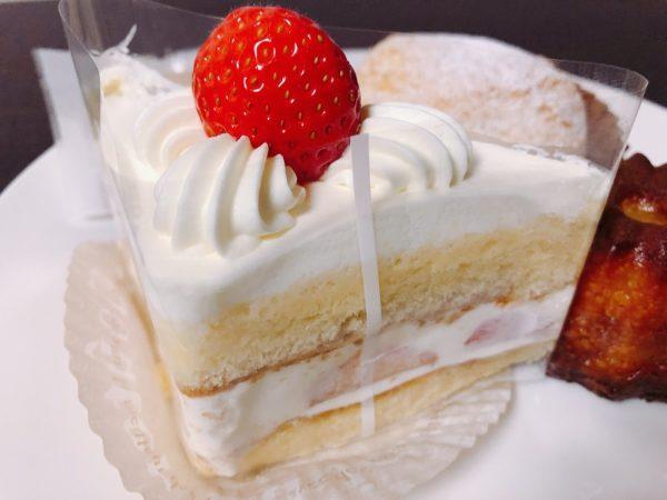パティスリーラネージュショートケーキ